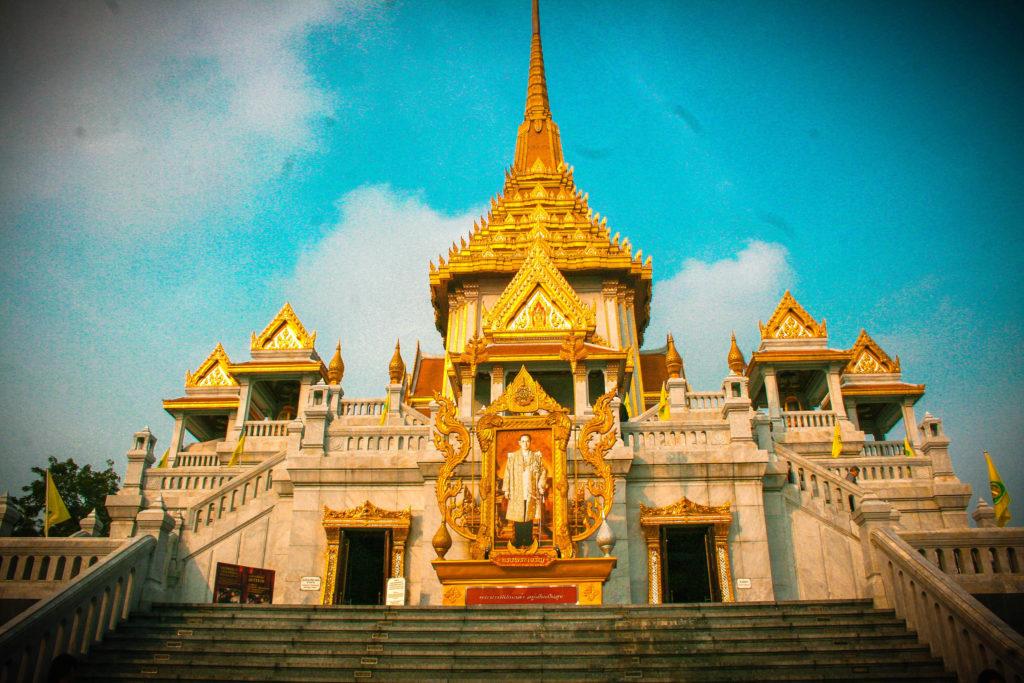 Wat Traimit, uno de los mejores templos para visitar en Bangkok