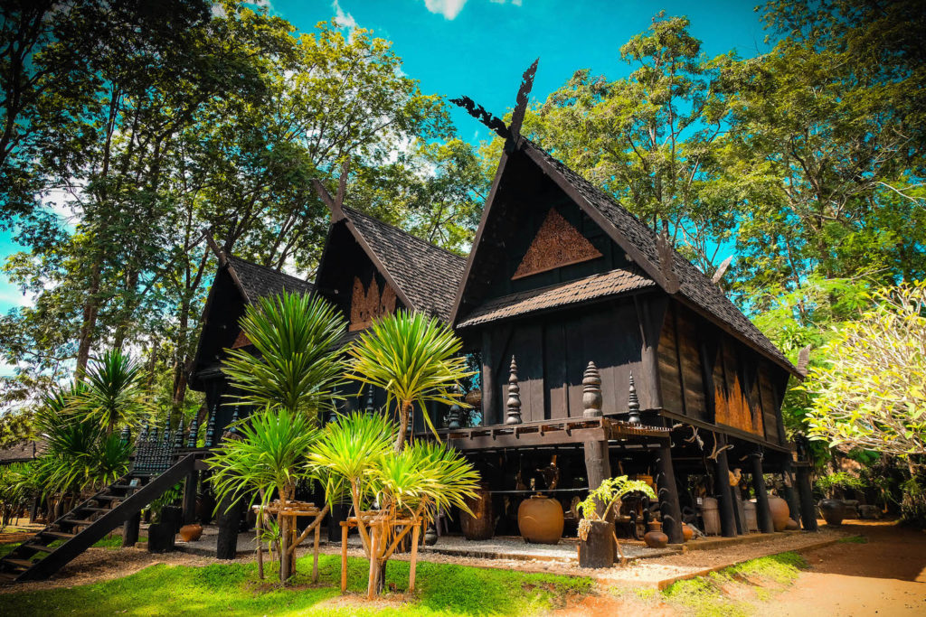 Baan Dam Museum, la casa negra, Tailandia