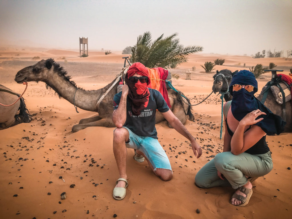 Tormenta de arena desierto de Merzouga, Marrakech