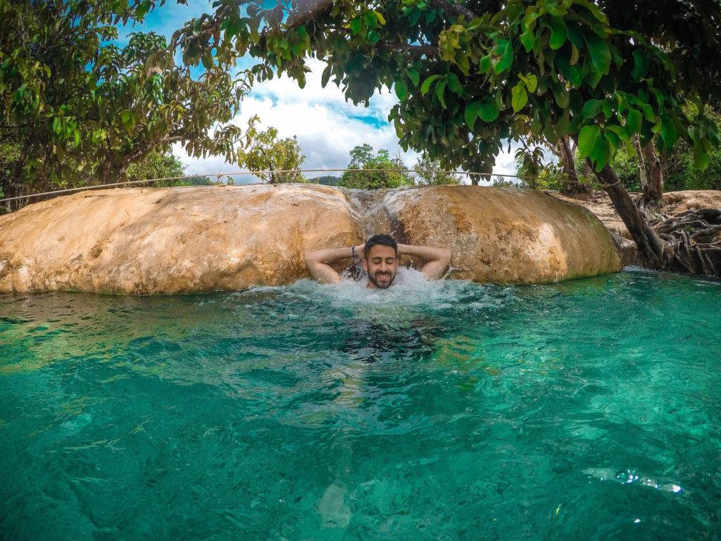 Cascada natural Emerald Pool, Krabi